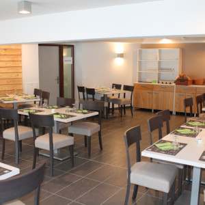 Auberge orcieres accommodation in the french Alps restaurant