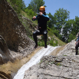 Canyoning jumper