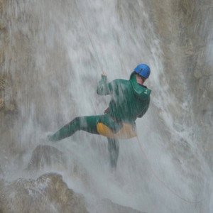 Canyoning Sale Sharks Rugby team in a waterfall