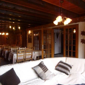 Hotel Montagnou Lounge and dining room