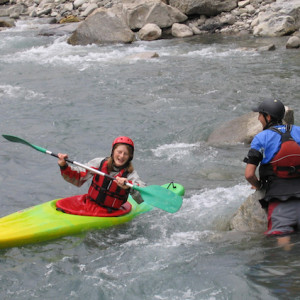 Kayaking white water beginners course on the drac