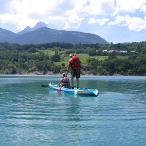 Lake kayaking on Lac du Sautet in the French Alps