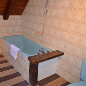 Bathroom in Les chenets hotel in the Alps