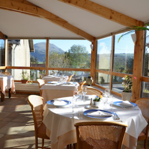 Restaurant in les chenets hotel in Alps Champsaur