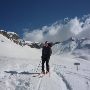 Ski touring up to the col