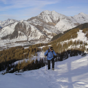 Snowshoeing La Palastre in the Southern Alps