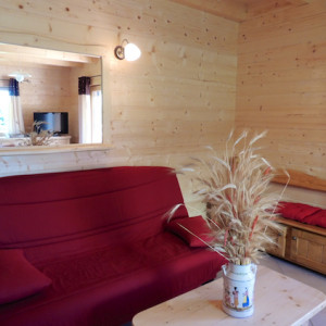 Chalet Valrouanne in Ancelle in the French Alps lounge area