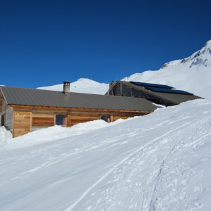 Refuge de la Blanche in winter