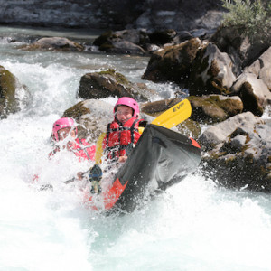 Rafting and canoeing on the Durance white water in the Alps