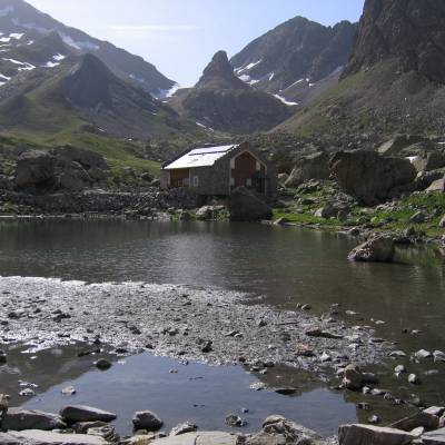 The refuge de Vallonpierre in the Ecrins