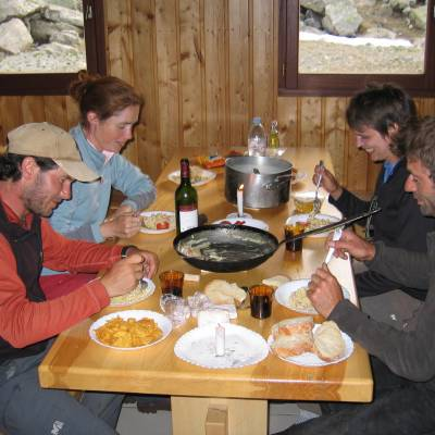 Eating inside the refuge vallonpierre