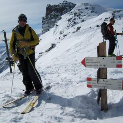 Refuge de la Blanche ski touring close by