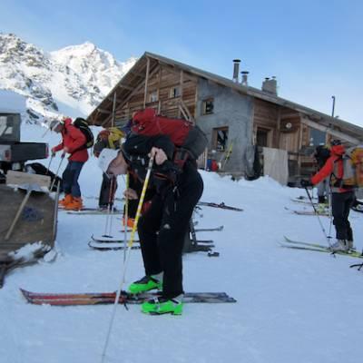 Refuge de la Blanche in winter ski touring