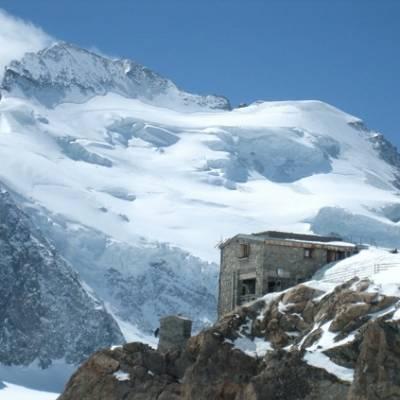 Refuge des Ecrins and Dome des Ecrins