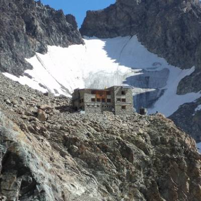 Refuge des Ecrins in summer