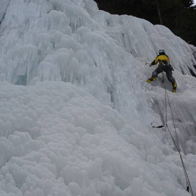 Multi pitch ice climb