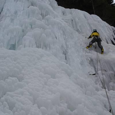 Multi pitch ice climb