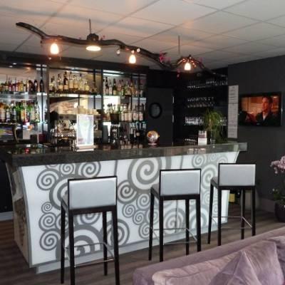 Axhotel Bar