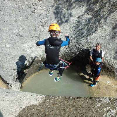 Kiddie-Canyoning-with-Undiscovered-Mountains-in-the-southern-french-alps-(1-of-1)-2.jpg