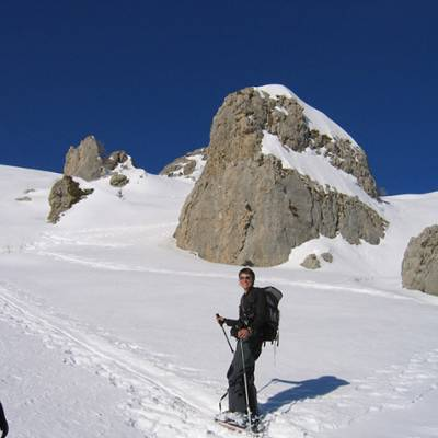 Ski Touring in the rocky outcrops up to Palastre