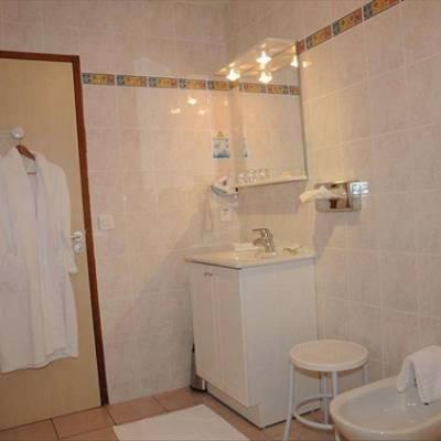 Grand Hotel du Cours Bathroom