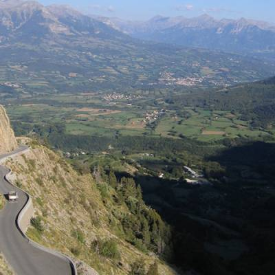 road cycling the col du Noyer in the Alps