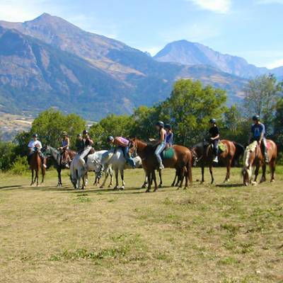 Horse riding in the French Alps