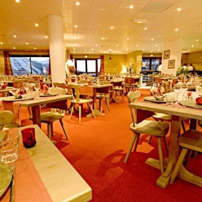Rochebrune residences restaurant