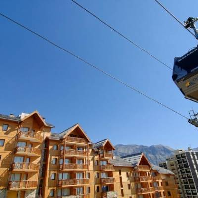 Rochebrune residences building with cable car