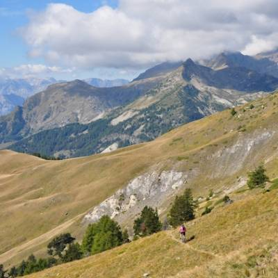 Mountain biking in Champsaur in the Alps