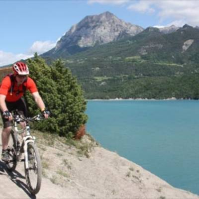 mountain biking lac de serre poncon