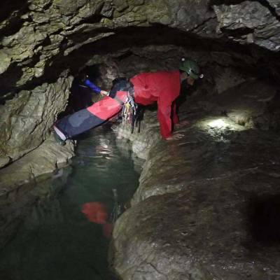 Sporty-Caving-in-the-french-Alps-on-an-activity-holiday.jpg