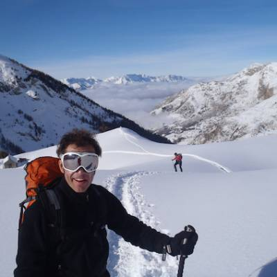 Snowshoeing guided