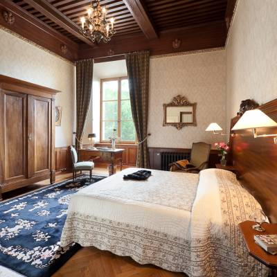 chateau Picomtal in the Southern French Alps bedroom
