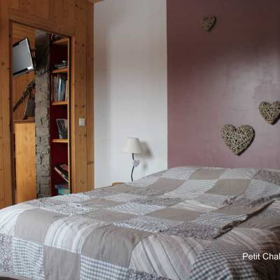 Petit-Chalet-in-the-blondeau-cahlet-self-catering-alps.jpg