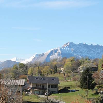 Auberge-Ocaniere-view-of-the-Alps.jpg