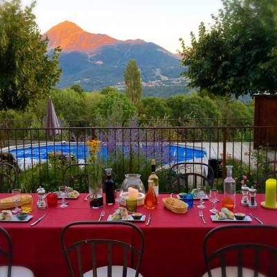 summer-dinner-at-grange-des-ecrins.jpg