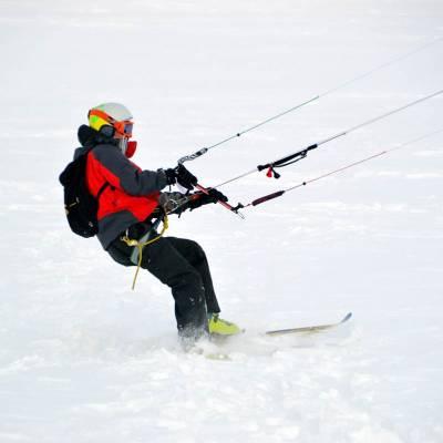 snowkite.jpg