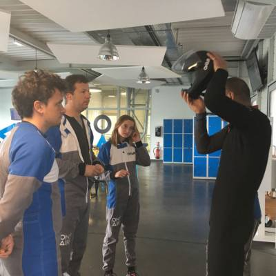indoor-skydiving-briefing.jpg