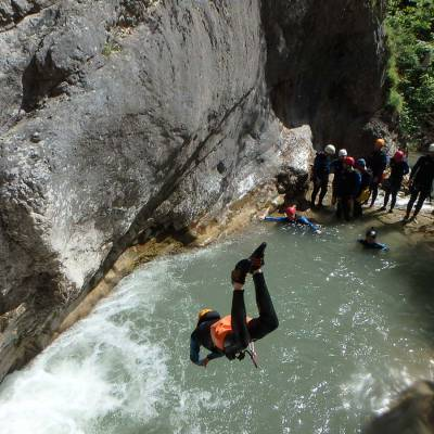 Canyoning with Undiscovered Mountains in the southern french alps (1 of 1)-14.jpg