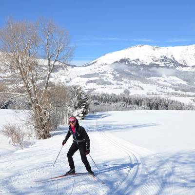 Cross-Country-Skiing-in-the-Southern-french-Alps.jpg