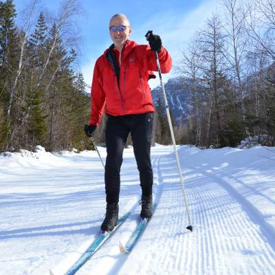 cross country skiing in the southern french alps (1 of 1).jpg