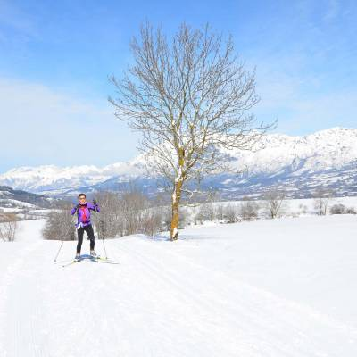 cross country skiing skating in the southern french alps (1 of 1).jpg