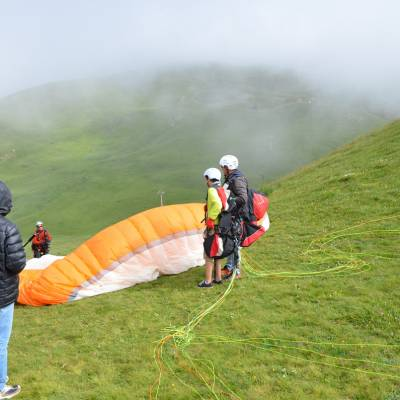 paragliding tandem set up in the southern french alps (1 of 1)-3.jpg