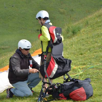 paragliding tandem set up in the southern french alps (1 of 1).jpg