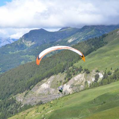 paragliding flight in the southern french alps (1 of 1)-16.jpg