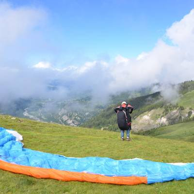 paragliding flight in the southern french alps (1 of 1).jpg