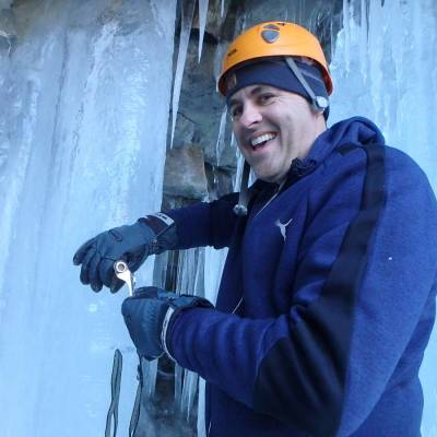 Ice-Climbing-in-the-Southern-french-Alps-(1-of-1)-7.jpg