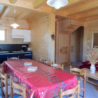 Chalet Valrouanne in Ancelle in the French Alps dining table