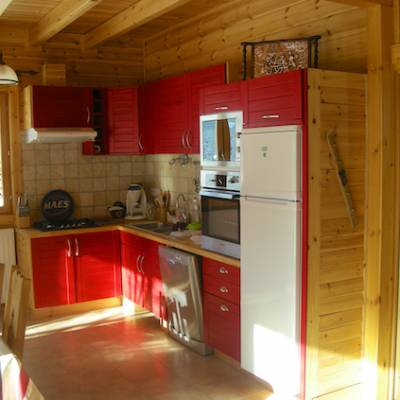 The Counit Chalet near Orcieres ski resort in the Alps kitchen